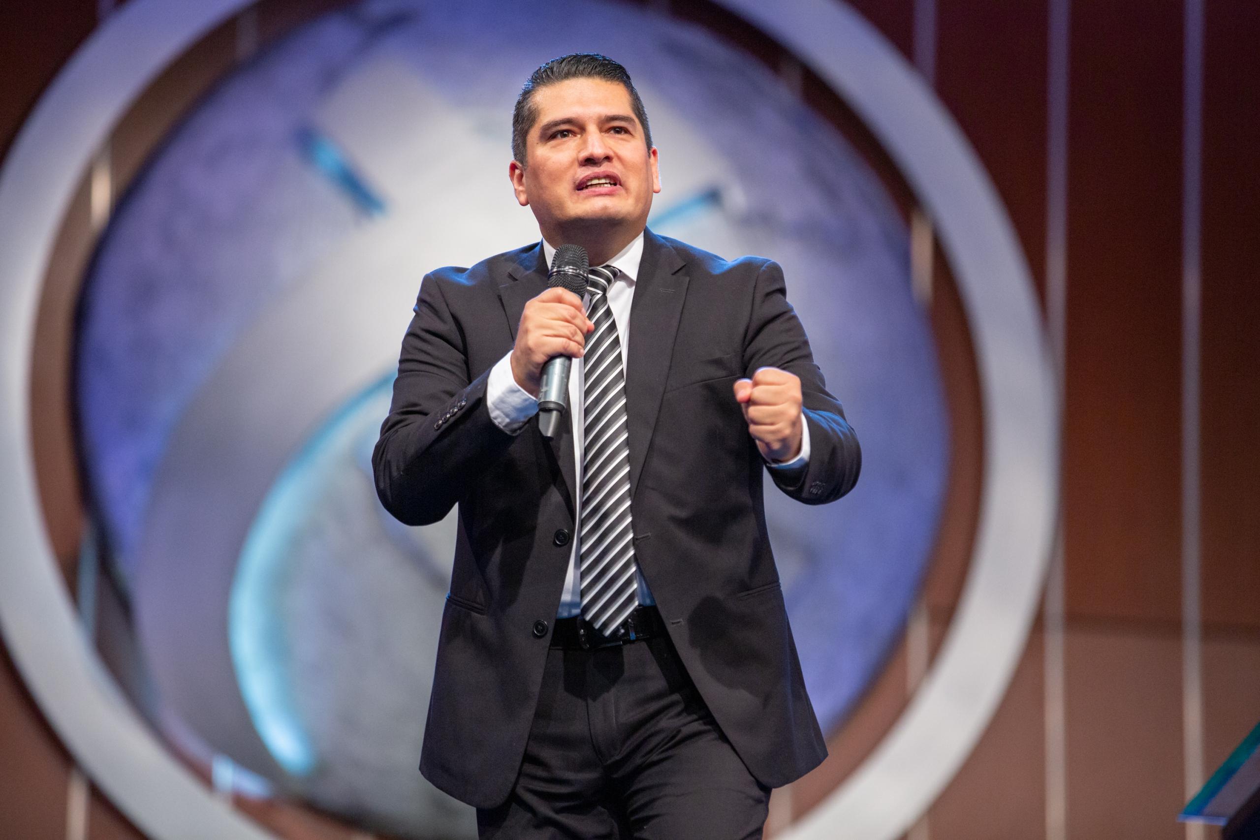 Pastor Yobany Blanco