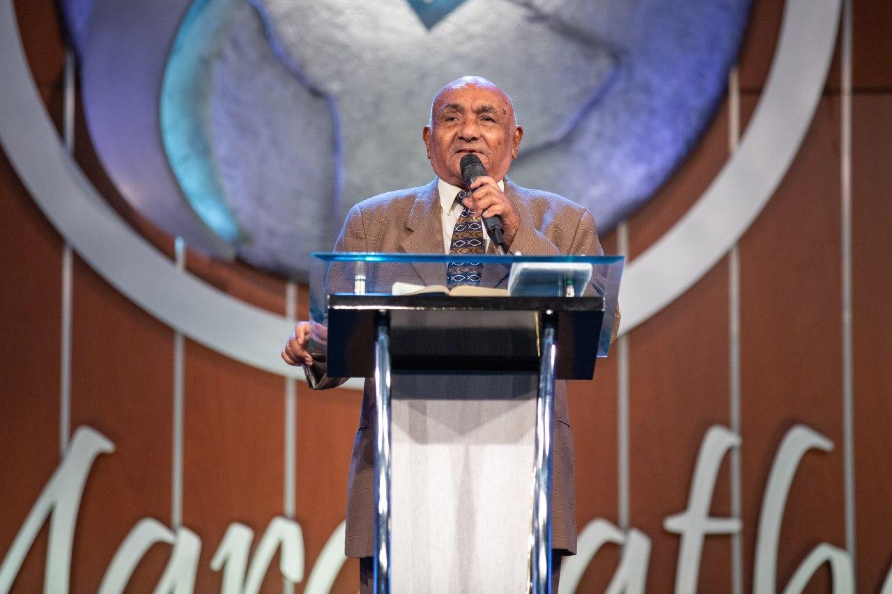 Pastor Miguel Seijas
